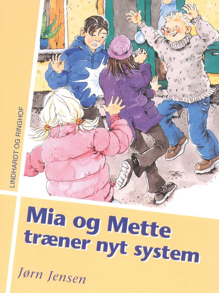 Mia og Mette træner nyt system - Maneno